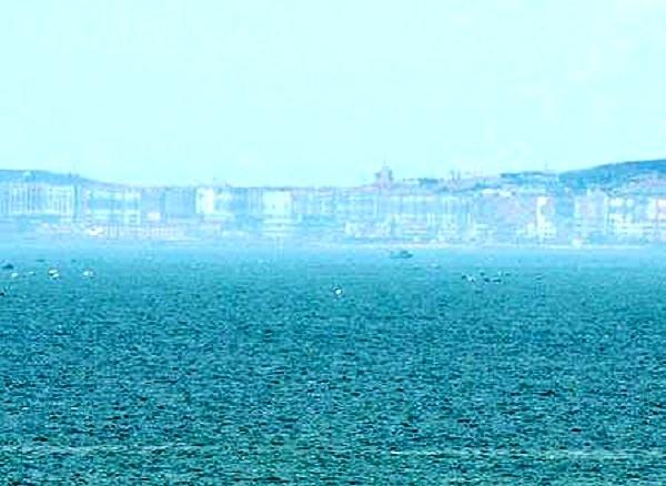 Ảo ảnh thành phố trên biển ở Trung Quốc
