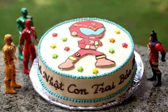 Hình ảnh bánh sinh nhật dành tặng cho bé trai