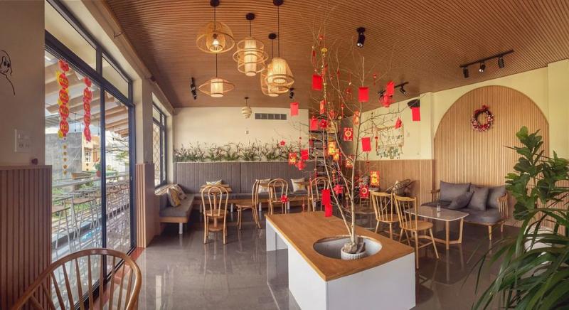Hiro Café