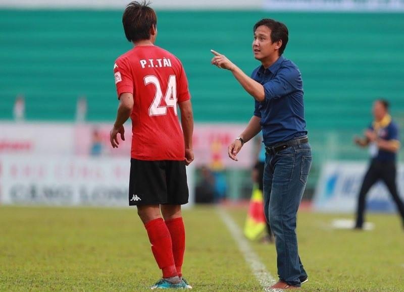 Minh Phương bất ngờ trở thành HLV trưởng của Long An