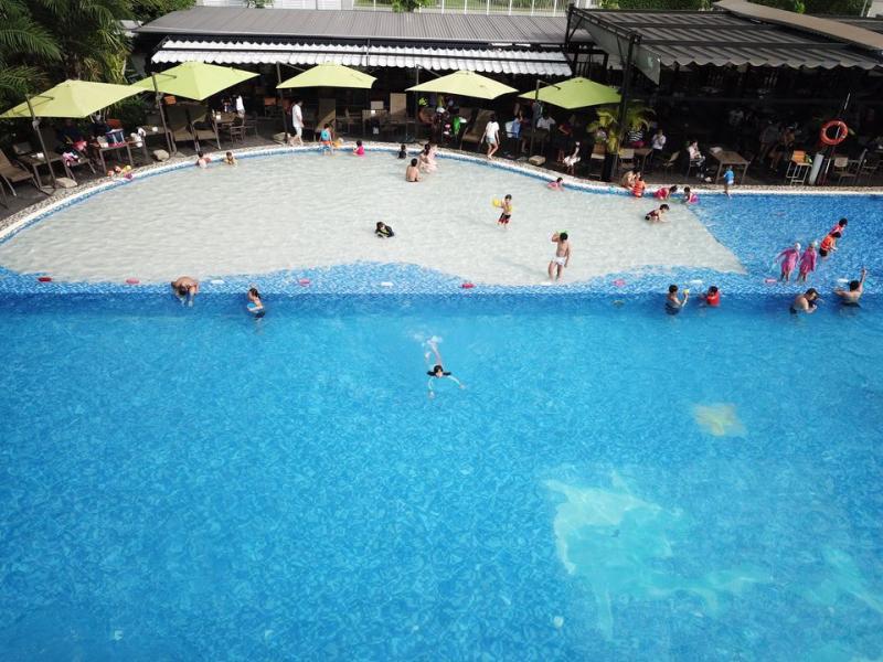 Hồ bơi đáy cát Maia