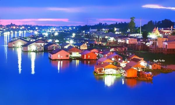 Chau Doc floating village sparkling at night