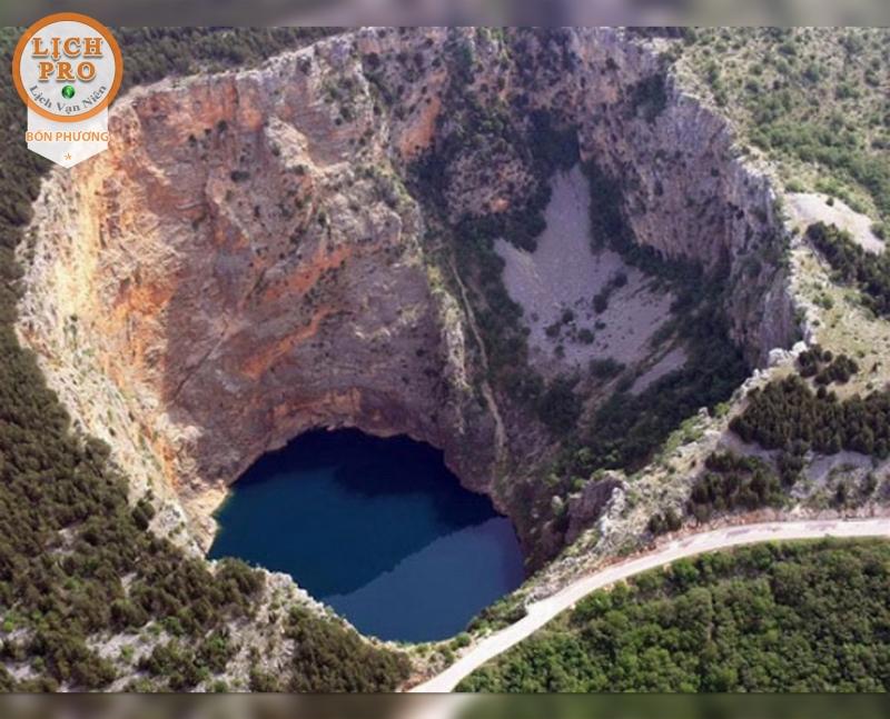 Đây là hố lớn thứ 3 ở trên thế giới