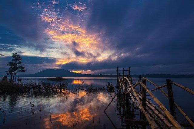 Hoàng hôn trên Hồ Ea Snô