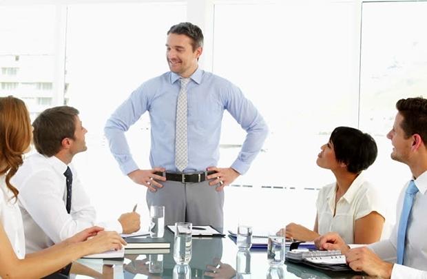 Sếp tốt không phải là người hay đi muộn về sớm và phó thác trách nhiệm