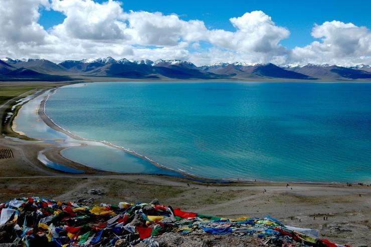 Hồ Namtso gắn bó chặt chẽ với đời sống vật chất lẫn tinh thần của người Tây Tạng