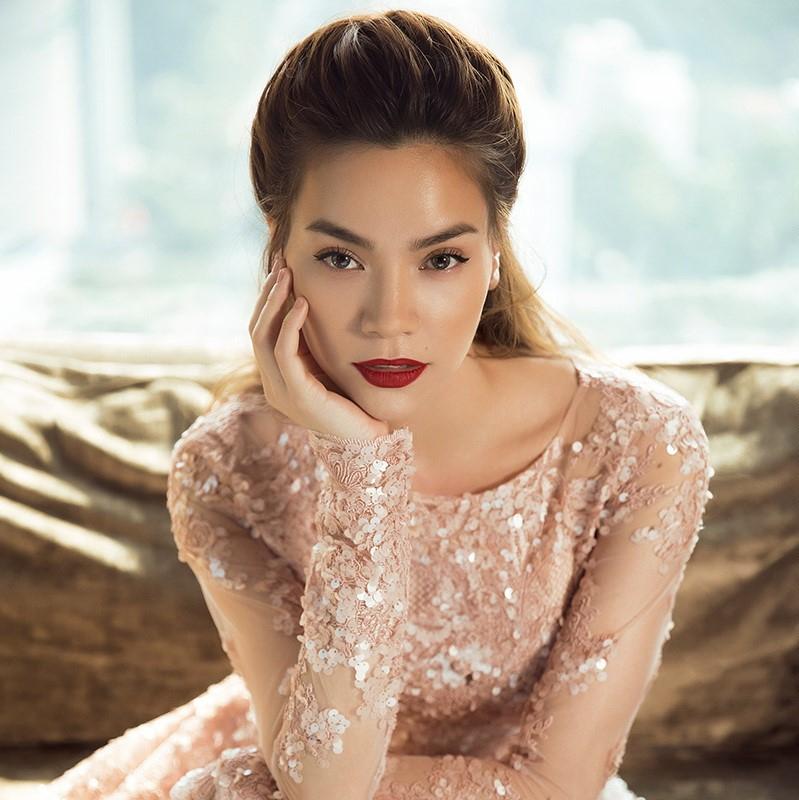 Người mẫu, ca sĩ, diễn viên Hồ Ngọc Hà