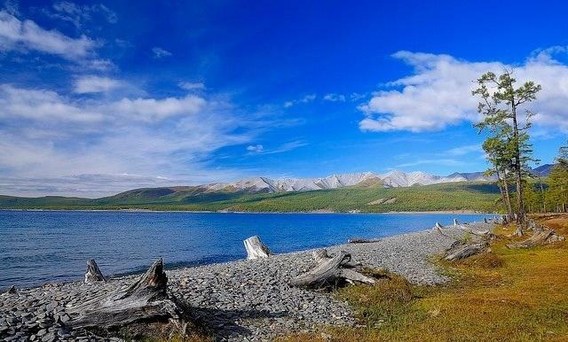 Hồ nước ngọt Khovskhol