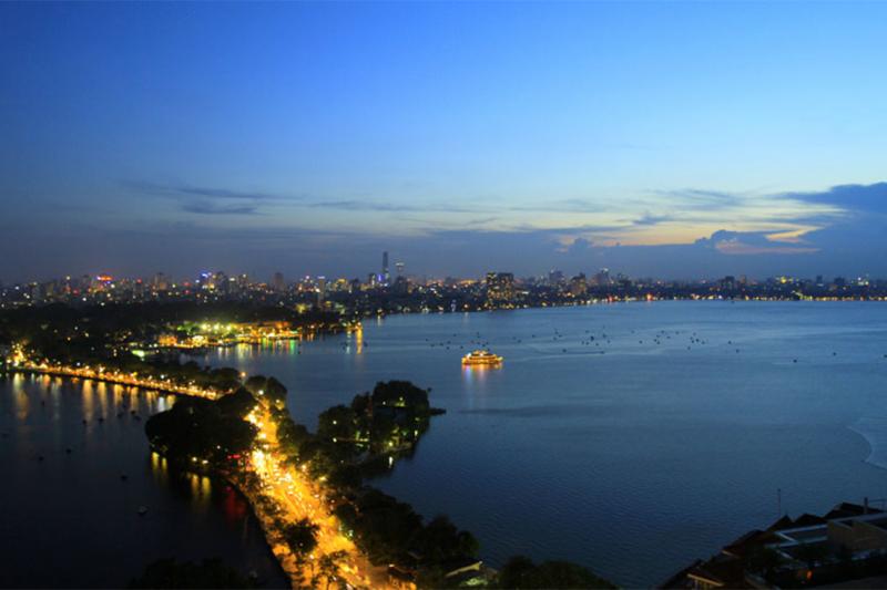 Là vùng đất thiêng hội tụ linh khí của đất trời, mang huyết mạch của thủ đô, Hồ Tây là một phần không thể thiếu trong bức tranh Hà Nội.