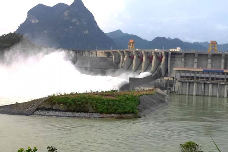 Hồ thủy đện Na Hang - Tuyên Quang