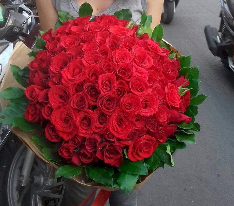 Hoa là món quà muôn thuở nhưng không bao giờ lỗi thời.