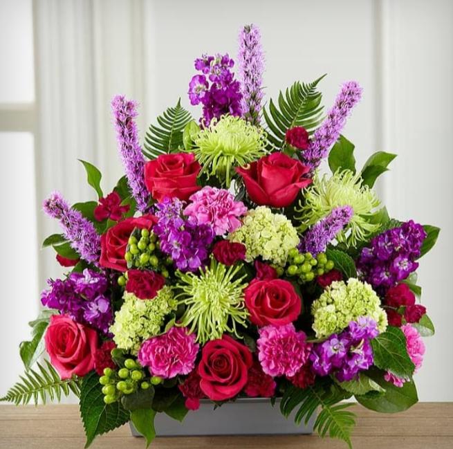 Hoa hồng là một trong những loài hoa phổ biến và mang nhiều ý nghĩa nhất