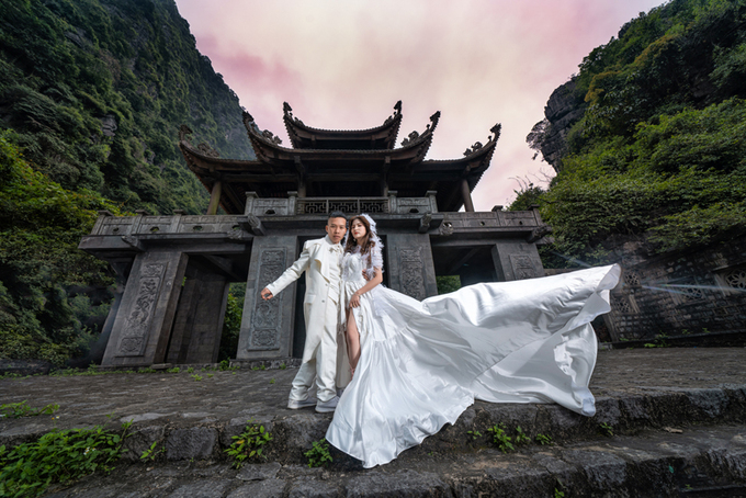 Chụp ảnh cưới ở cố đô Hoa Lư ( Ảnh minh họa)
