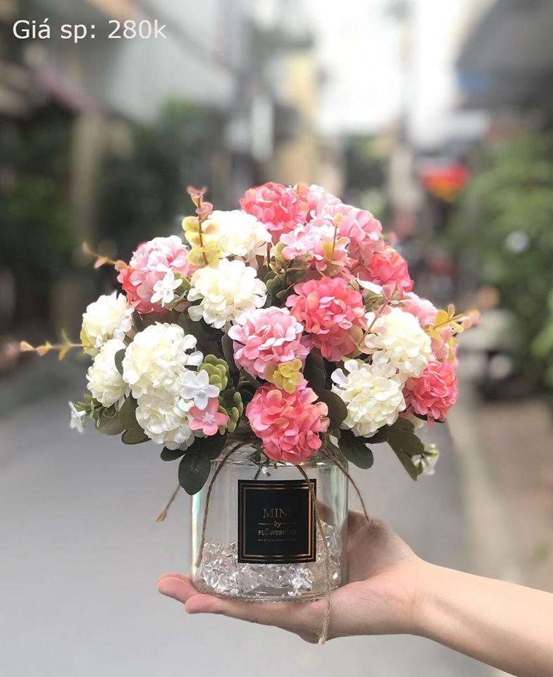 Hoa Lụa Ngân Hà