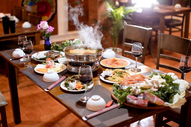 Nhà hàng Hoa Mộc Châu