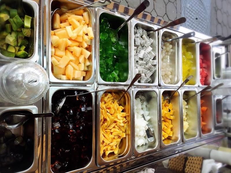 Quán có rất nhiều các loại hoa quả cho bạn thỏa thích lựa chọn