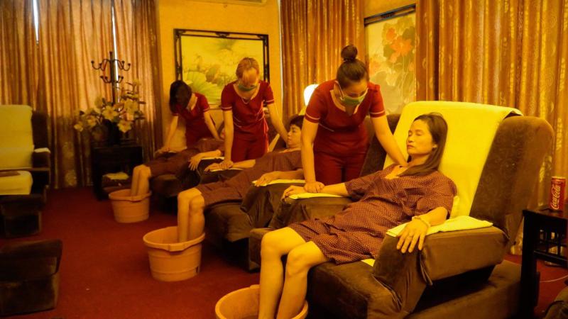 Hoa Sen Massage