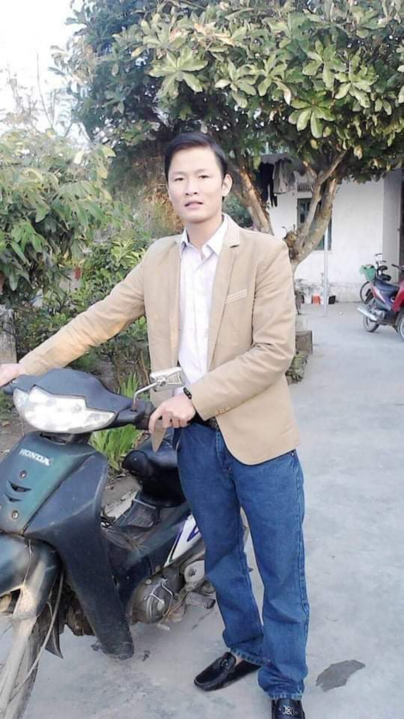 Ảnh chân dung nhà thơ Thiên Phú