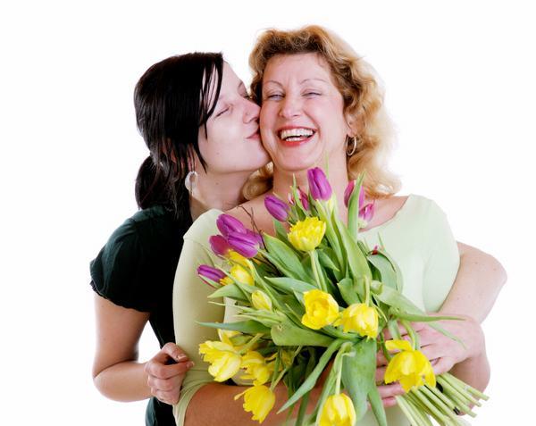 Một bó hoa tươi cho mẹ ngày 20/10, chắc hẳn mẹ sẽ bất ngờ lắm đấy!