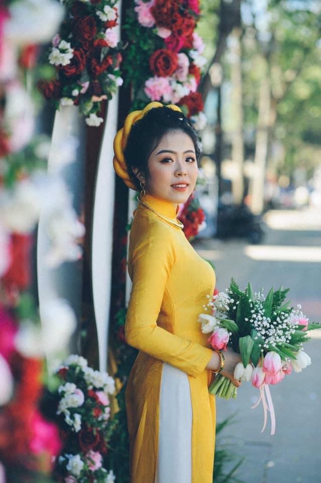 Mẫu áo dài cưới hỏi tại Hòa Thị Bridal