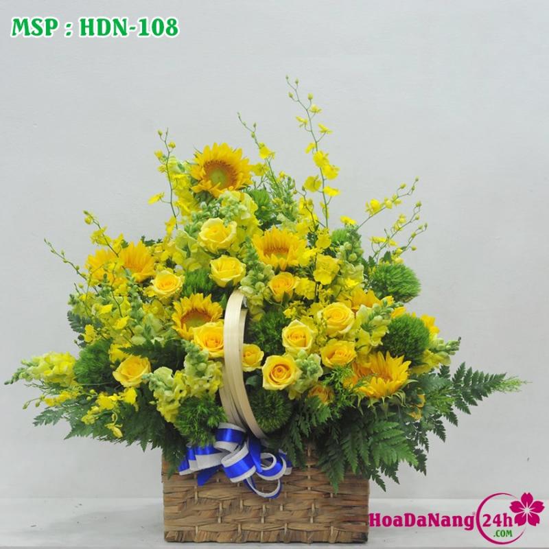 Giỏ hoa với màu vàng quyến rũ