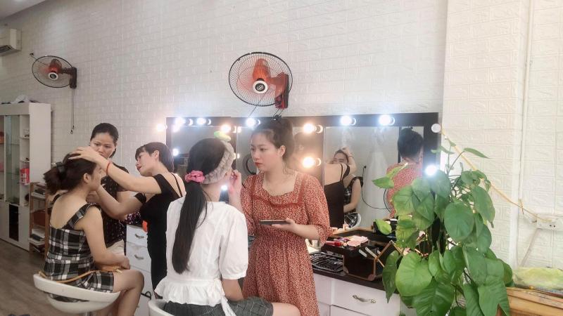 Hoan Nana Makeup