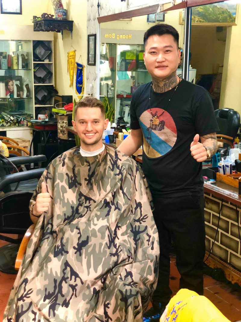 Hoàng Bờm Barber - Tatoo