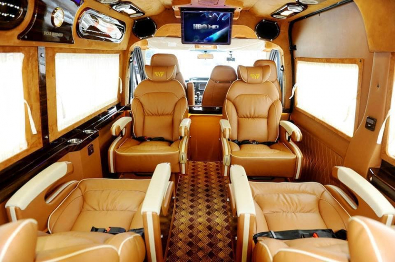 Hoàng Quân Limousine