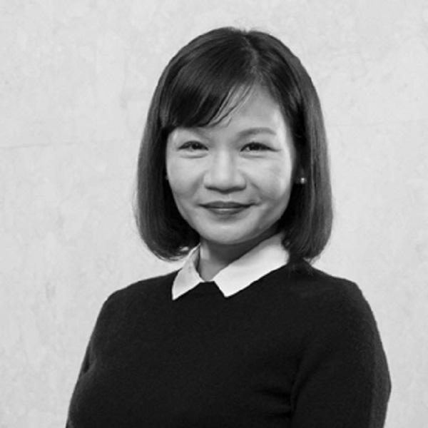 Bà Hoàng Thị Mai Hương