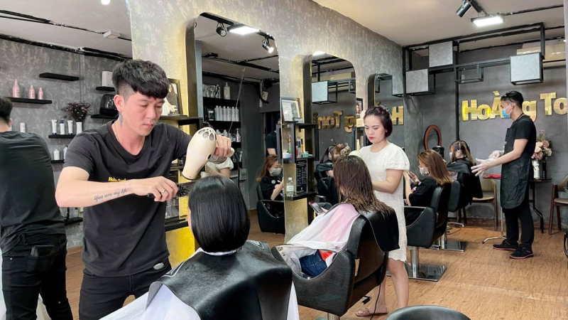 Hoàng Toni Hairsalon