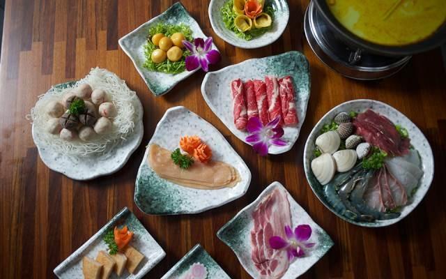 Những món ăn mang nền ẩm thực Á Đông