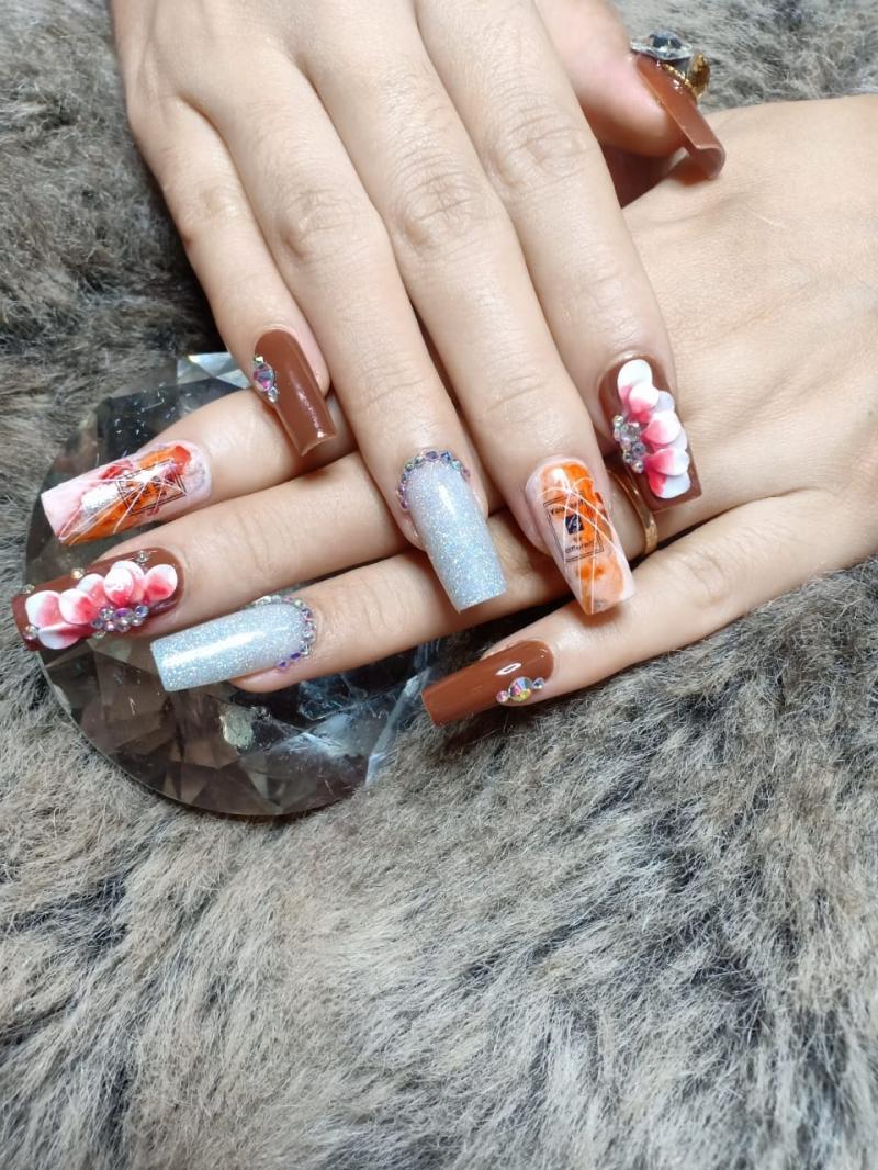 Hoàng Yến Nails