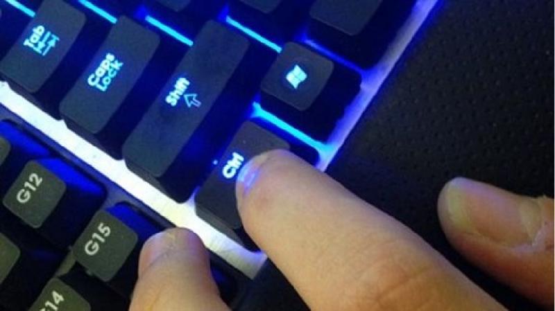 Hoạt động kích chuột trên tab