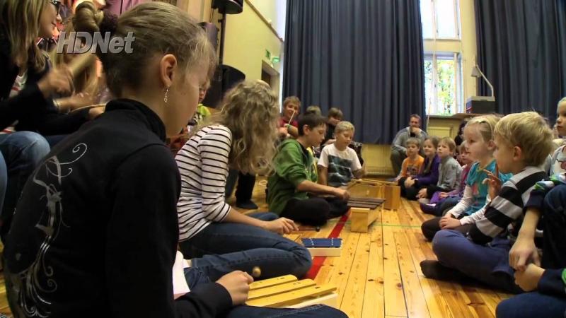Ở các trường Phần Lan thường có đội ngũ về chăm sóc niềm vui cho học sinh.