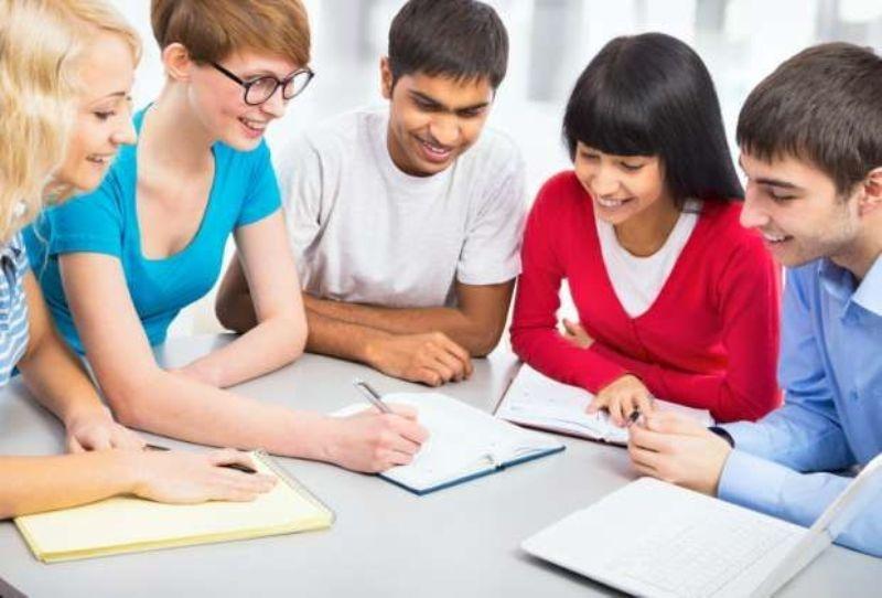 Học bài theo nhóm