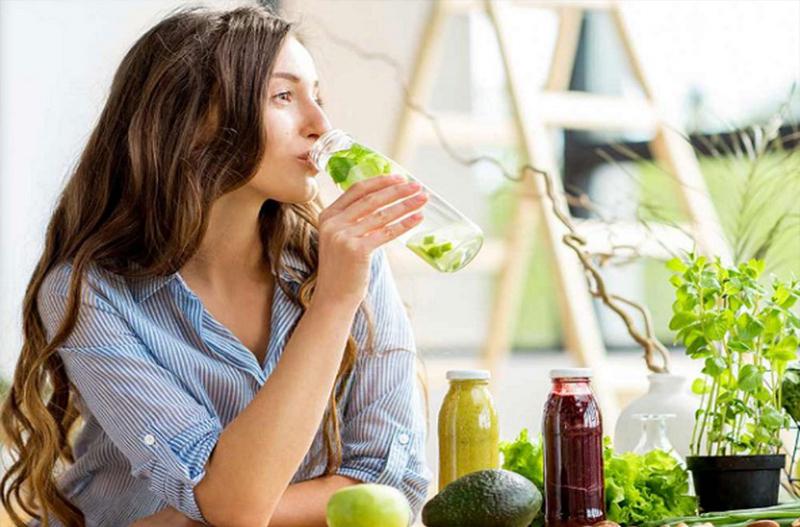Học cách làm sinh tố thanh lọc cơ thể
