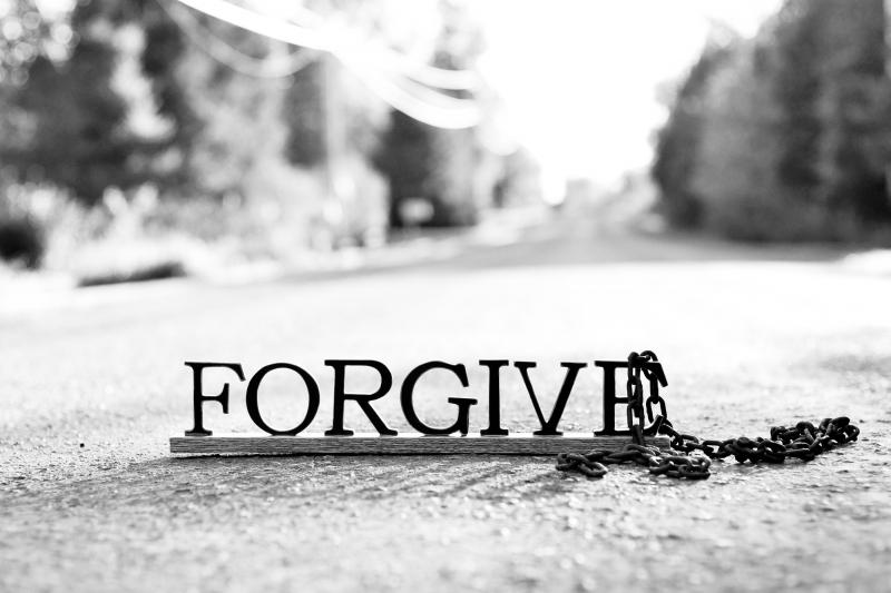 Học cách tha thứ và quên đi những hiềm khích