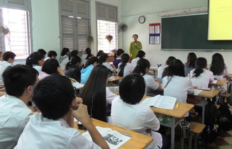 Giáo viên có thể xin lỗi học sinh vì mình đến muộn, đó là sự ứng xử rất nhân văn