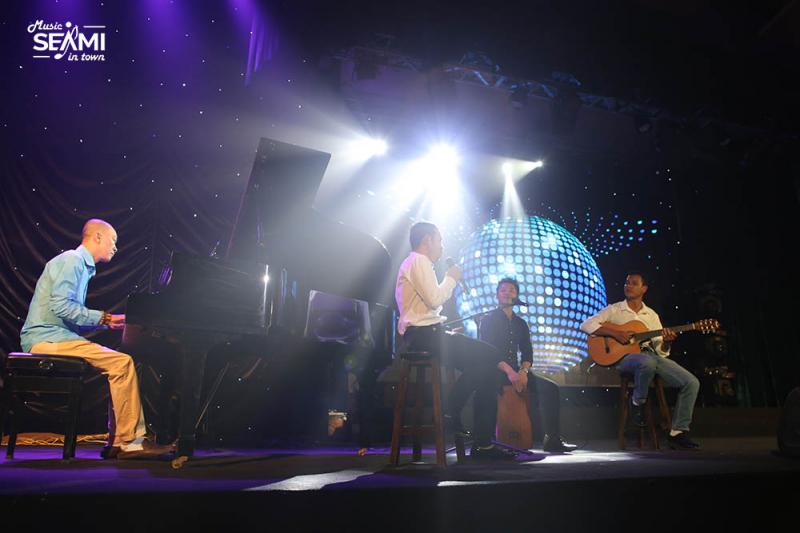 Giáo viên và học viên SEAMI cùng trình diễn trên sân khấu lớn đêm GALA