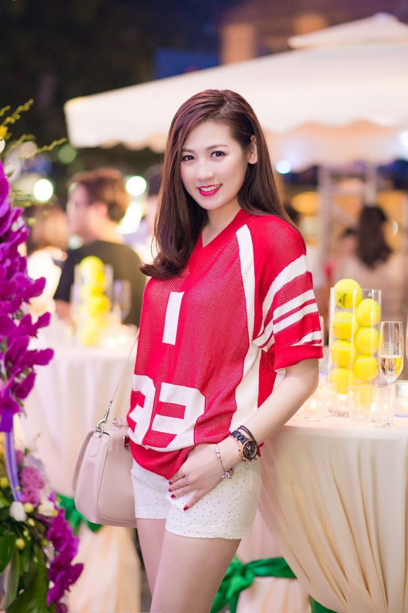 Á hậu 2014 Dương Tú Anh