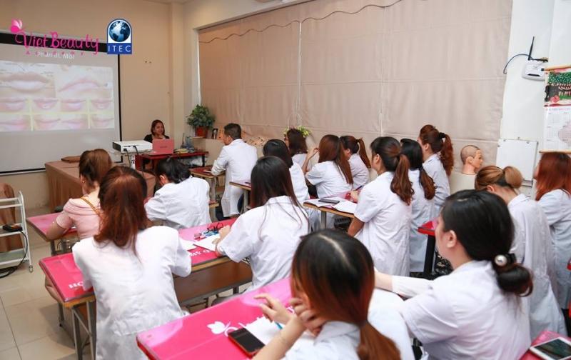 Học viện đào tạo thẩm mỹ Quốc Tế Viet Beauty - địa chỉ đào tạo nghề phun xăm thẩm mỹ uy tín nhất Hà Nội