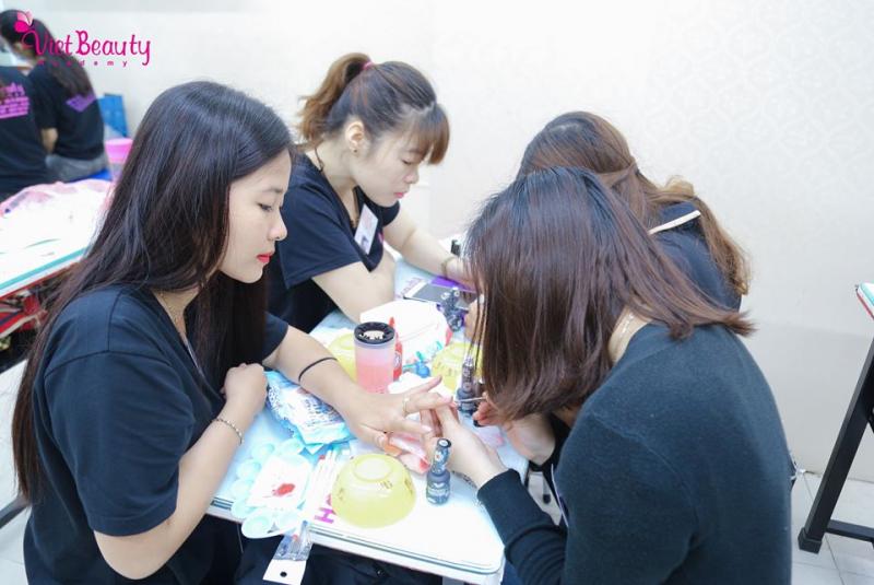 Học viện đào tạo thẩm mỹ quốc tế VietBeauty - Viet Beauty Academy