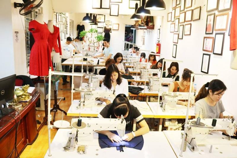 Học viện EN RICH -  Trung tâm dạy nghề may uy tín nhất Hà Nội