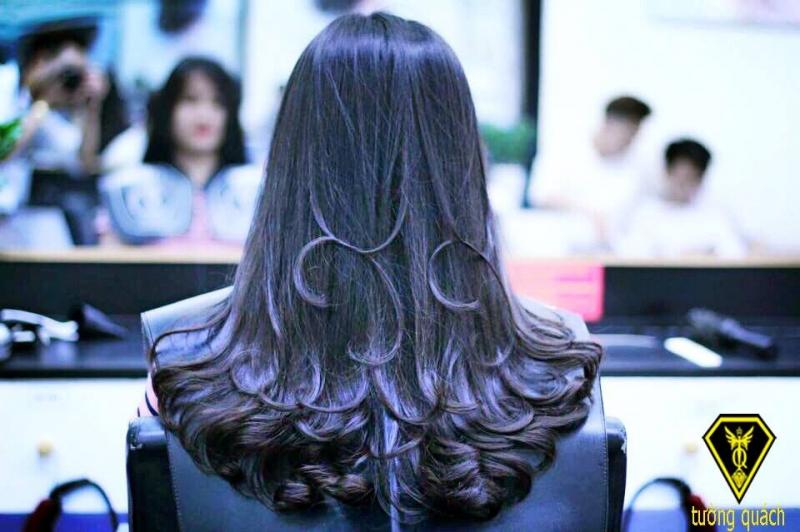 Học viện Hair Salon Tường Quách
