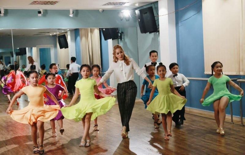 Khánh Thi Academy đang đào tạo những lớp tài năng nhí cho nền nghệ thuật của Việt Nam.