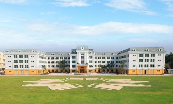 Khuôn viên rộng rãi của  học viện Nông nghiệp Việt Nam
