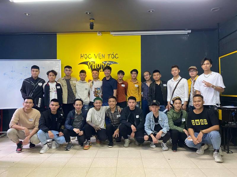 Học Viện Tóc Nam Phong BvB