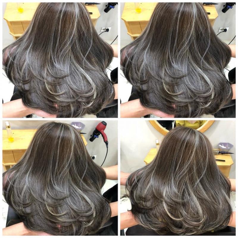 Có nhiều năm kinh nghiệm trong việc nhuộm tóc