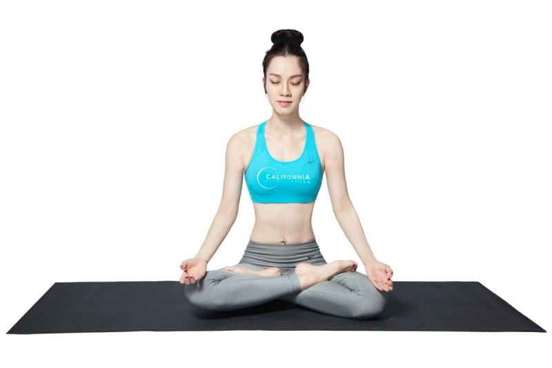 Học yoga và ngồi thiền
