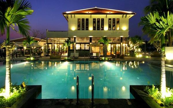 Một resort rộng lớn